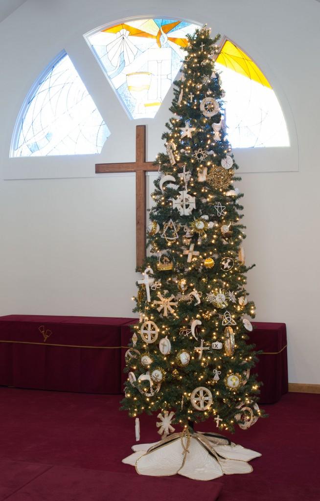 LCOS Christmas tree - Dec. 19, 2016